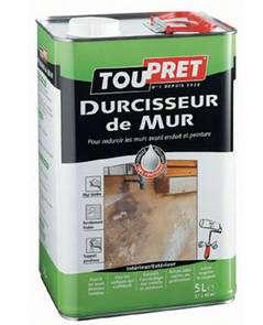 Liquide incolore, en phase solvant. Rendement : 7 à 8 m2/litre. Séchage : 24 heures avant recouvrement. Nettoyage préconisé des outils : à l'alcool à brûler. © DR
