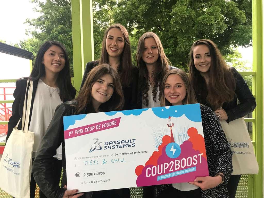 L'équipe du projet Med&Chill vient de recevoir une récompense du concours Coup2boost. © Sup'Biotech