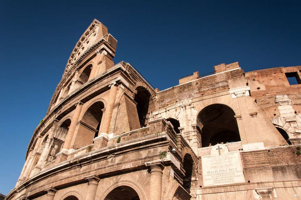 Le Colisée de Rome est construit en travertin de Tivoli. © Bo&Ko, Flickr
