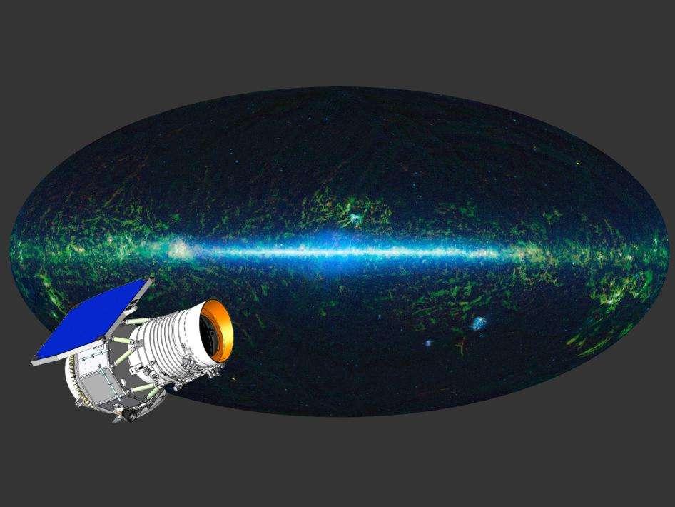 Une vue d'artiste du Wide-field Infrared Survey Explorer, Wise, observant l'univers dans l'infrarouge. En arrière-plan, on voit une image en fausses couleurs de la voûte céleste obtenue avec les instruments du satellite. © Nasa