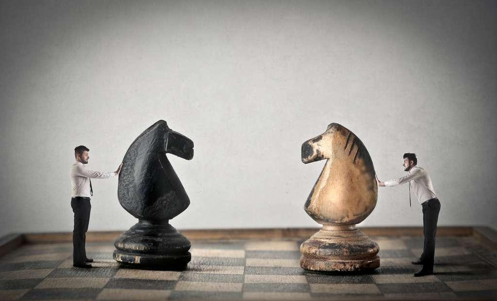 Un environnement compétitif rend plus propice la survenue du biais de confirmation. © olly, Adobe Stock