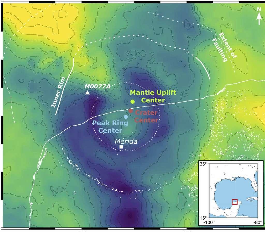 L'alignement dans une direction sud-ouest/nord-est du centre du cratère, du centre de l'anneau de crête (peak ring centre) - un anneau de montagnes fait de roches fortement fracturées à l'intérieur du bord du cratère - et du centre des roches du manteau surélevées profondes de 30 kilomètres (mantle uplift centre) constitue un élément de preuve majeur soutenant les résultats de la simulation d'une trajectoire d'astéroïde à 60°. © Imperial College London