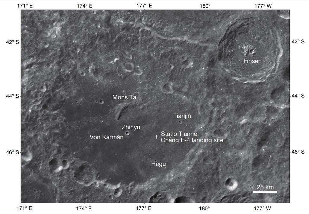 Sur cette carte, la croix marque l'emplacement de l'atterrisseur Chang'e 4 dans le cratère Von Kármán sur la face cachée de la Lune. Non loin de là, le cratère Finsen. © Li Chunlai et al.