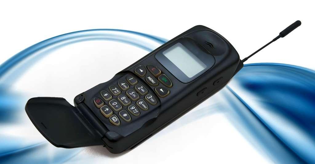 Morola d470 GSM télépphone mobile. © Digitalsignal - CC BY-SA 3.0