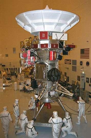 La sonde Cassini en cours de montage