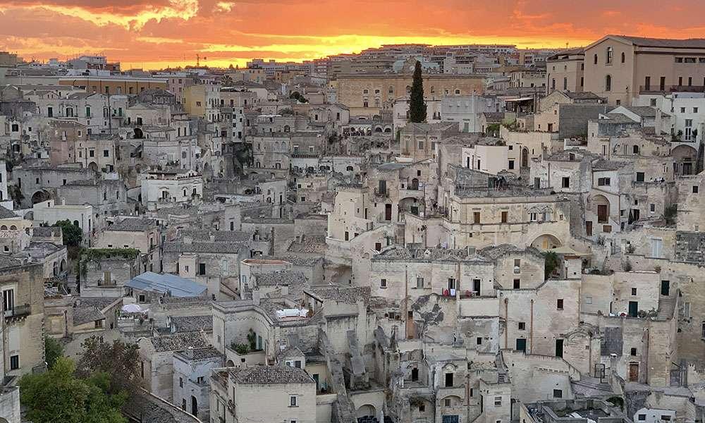 Les Sassi de Matera au coucher de soleil. © Antoine, tous droits réservés