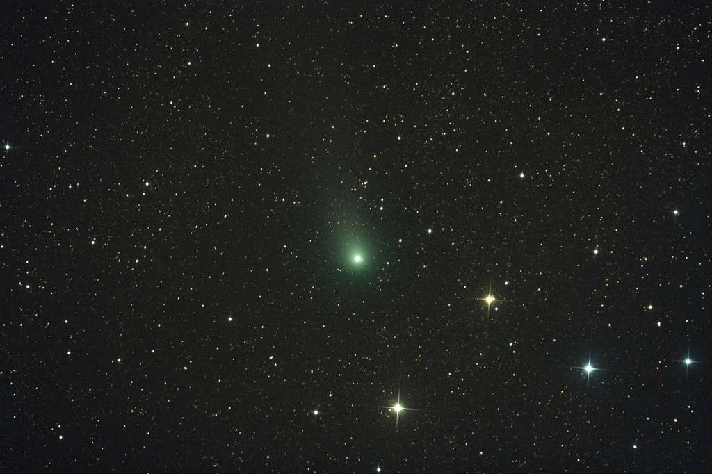 La comète Garradd le 2 septembre 2011. Pose unique de 3 minutes avec un télescope de 20 centimètres et un appareil photo numérique. © R. Matania