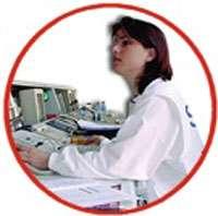 Les appels sont reçus sur un standard téléphonique. © Croix-Rouge française