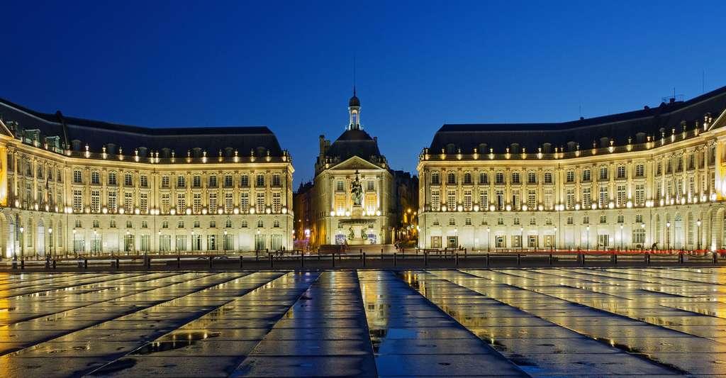 Bordeaux (France) : hôtel de la Bourse. © J.-P. Louvet