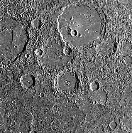 Le cratère Polygnotus. Crédit Nasa