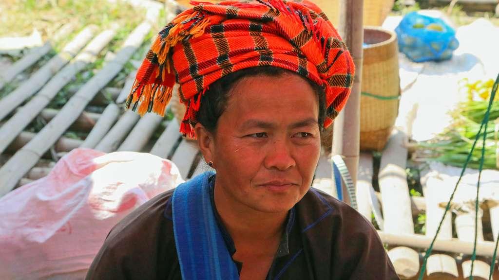 Femme birmane de l'ethnie des Shans