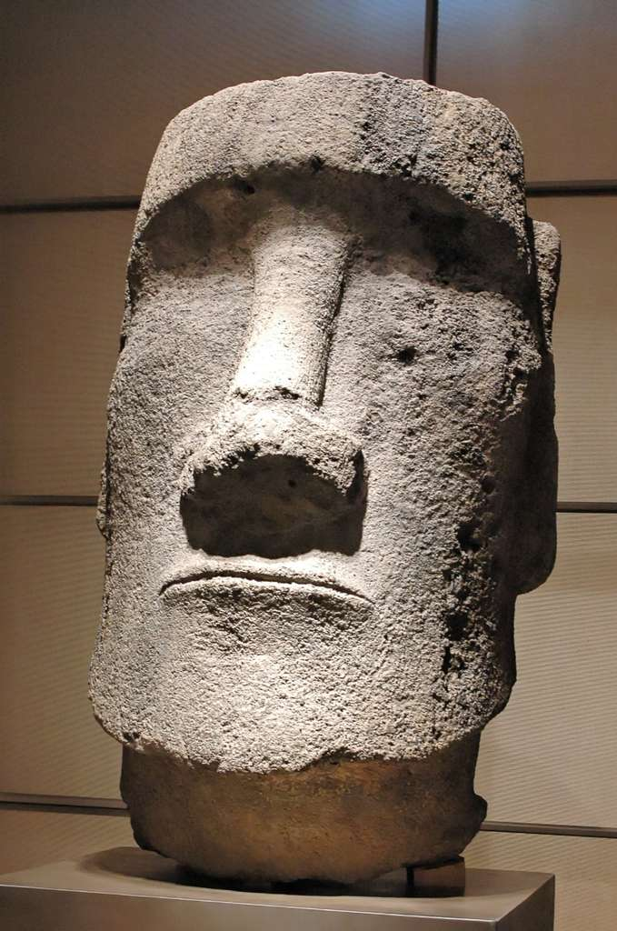 Statue Maoï de l'île de Pâques, visible jusqu'en 2005 au musée de l'Homme, désormais exposée au musée du quai Branly. © Jastrow, Wikimedia Commons, Domaine Public