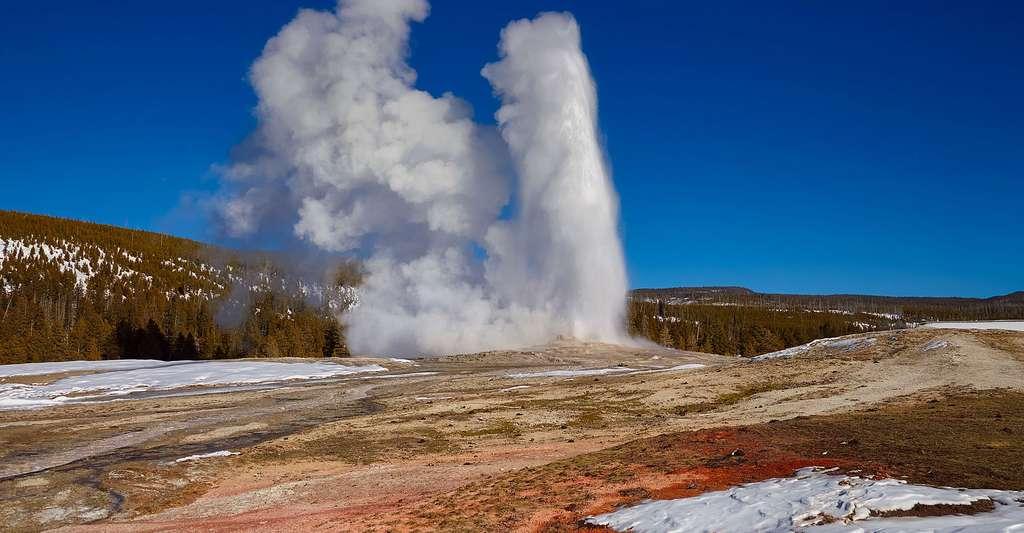 Geyser du Parc de Yellowstone. © Tpsdave, Pixabay, DP