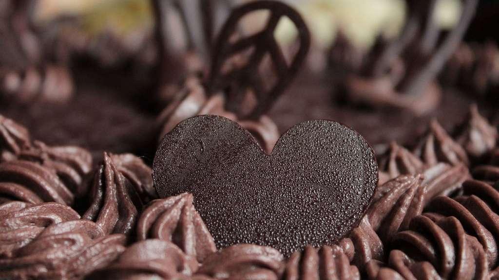 Le chocolat est bon pour la santé, mais il ne faut pas en abuser. D'ailleurs, quelle est la composition du chocolat ? © Rotten, Domaine public