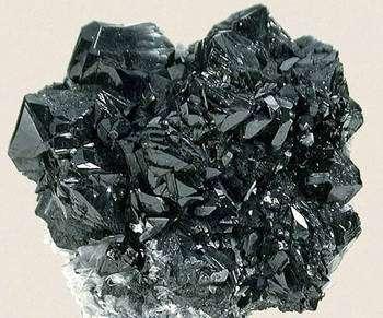 Cassiterite. © Fabre Minerals