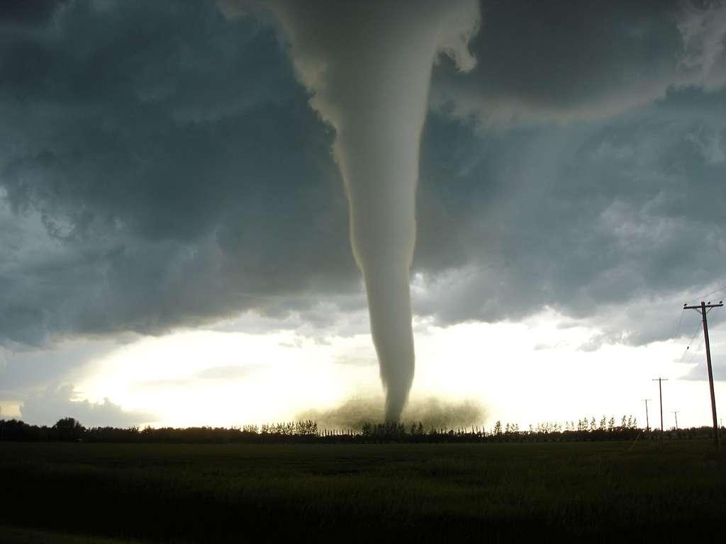 Cette tornade F5, survenue à Manitoba, au sud-est du Canada, était d'une extrême violence. © Justin Hobson, Wikipédia, CC by-sa 3.0