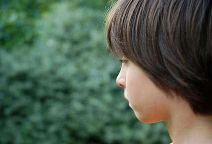 Un enfant souffrant d'autisme évolue dans son propre monde, au détriment de celui qui l'entoure. Pourquoi ? Comment l'en sortir ? Des questions qui restent encore sans vraie réponse. © University of Leeds