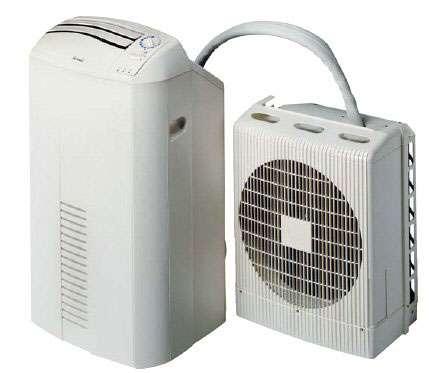Monosplit mobile pour une pièce de 23 à 32 m2. Puissance frigorifique : 3.000 W. Puissance absorbée : 980 W. Débit d'air : 335-503 m3/h. Niveau sonore intérieur : 43 à 48 dB(A), extérieur non communiqué. Longueur de liaison : 3 m, dénivellation maximale : 1,60 m. Fonctions filtration, déshumidification, ventilation. Classe énergétique A. SMILY N 11 (environ 1.000 euros). © Electra