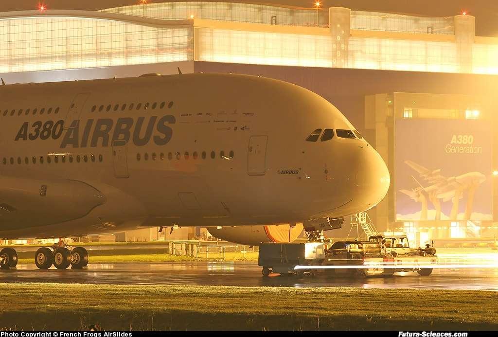 L'A380 au milieu de la nuit ...