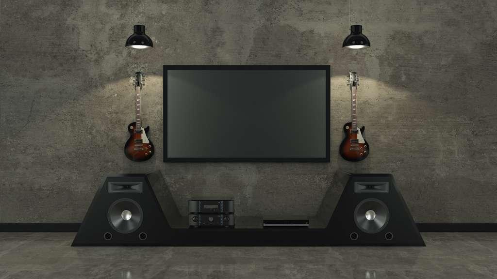 Le home cinéma optimise l'audio de la TV. © lchumpitaz, Adobe Stock
