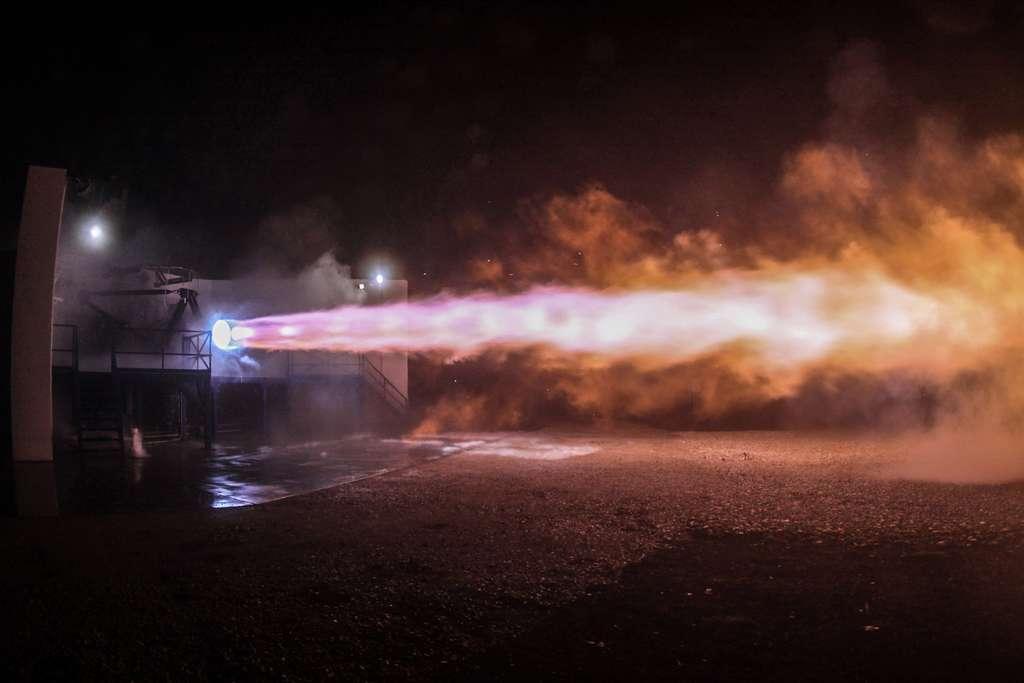 Essai au sol d'un motor Raptor. © SpaceX