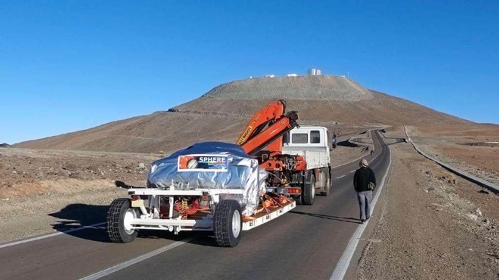 L'instrument Sphere en route vers les sommets du VLT
