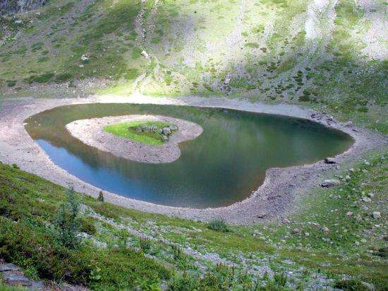 Le lac du Rif bruyant
