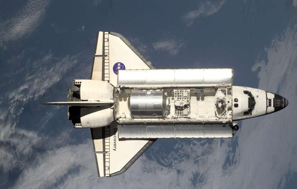 Août 2001, Discovery et un MPLM dans sa soute