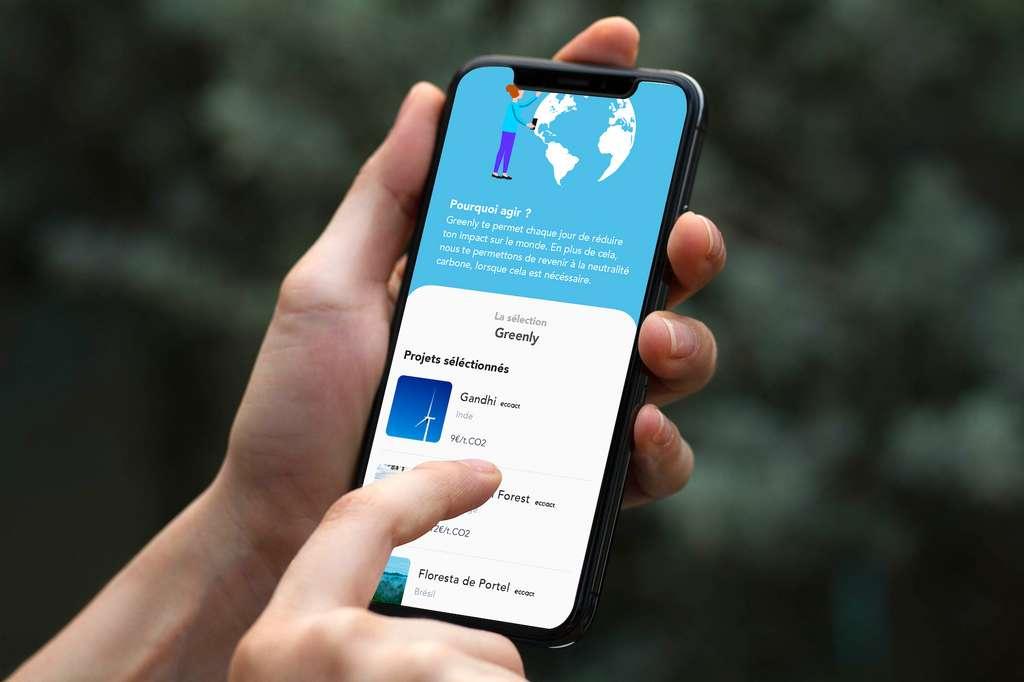 Avec l'application mobile Greenly, il est possible de revenir à la neutralité carbone et réduisant son empreinte, mais aussi en investissant dans des projets visant à accélérer la transition énergétique. © Greenly
