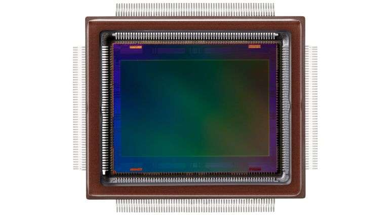 Le format APS-H, développé à l'origine par Canon, désigne un capteur CMos pour les appareils photo milieu-haut de gamme. C'est la première fois qu'un capteur de ce type intègre un aussi grand nombre de photosites. © Canon