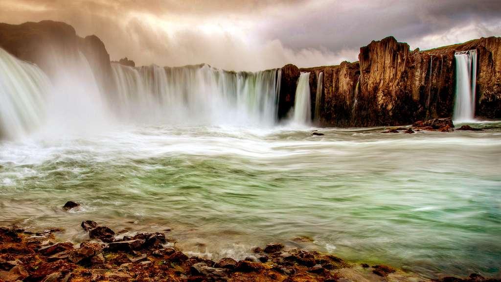 Les divines chutes de Goðafoss en Islande
