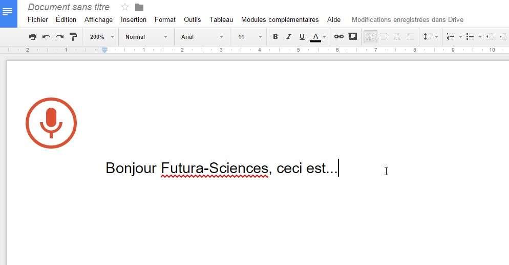 Pour utiliser la fonction de dictée vocale dans Google Docs, il faut d'abord créer un nouveau document puis se rendre dans le menu Outils et sélectionner l'option Saisie vocale. © Futura-Sciences