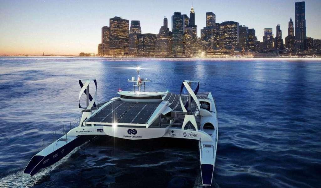 Energy Observer, premier navire à hydrogène, montre la viabilité d'une propulsion électrique alimentée par un hydrogène décarboné produit à partir d'eau de mer et d'énergies renouvelables. © Energy Observer