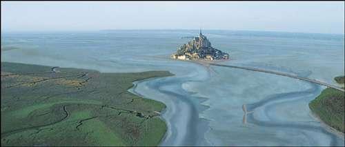 Simulation des abords du Mont-Saint-Michel après aménagement. © Oktal, tous droits de reproduction interdits