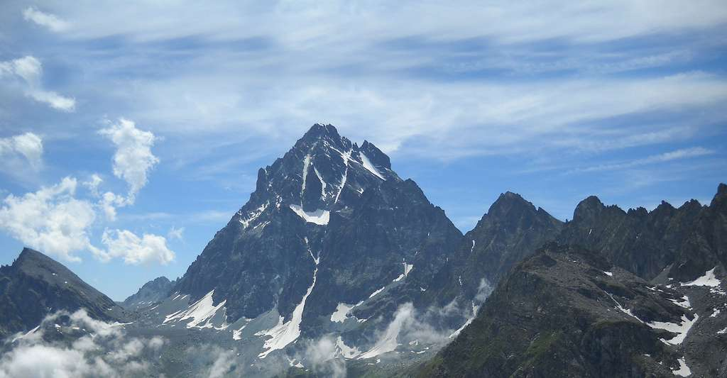 Le mont Viso. © Martin.ale, Wikimedia commons, CC by-sa 3.0