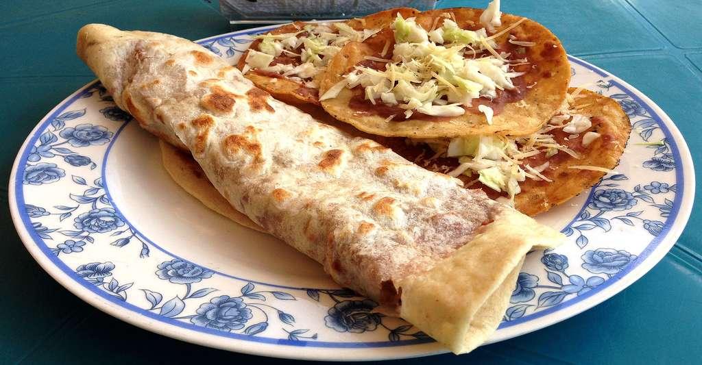Burrito et garnaches. © Kaldari CCO