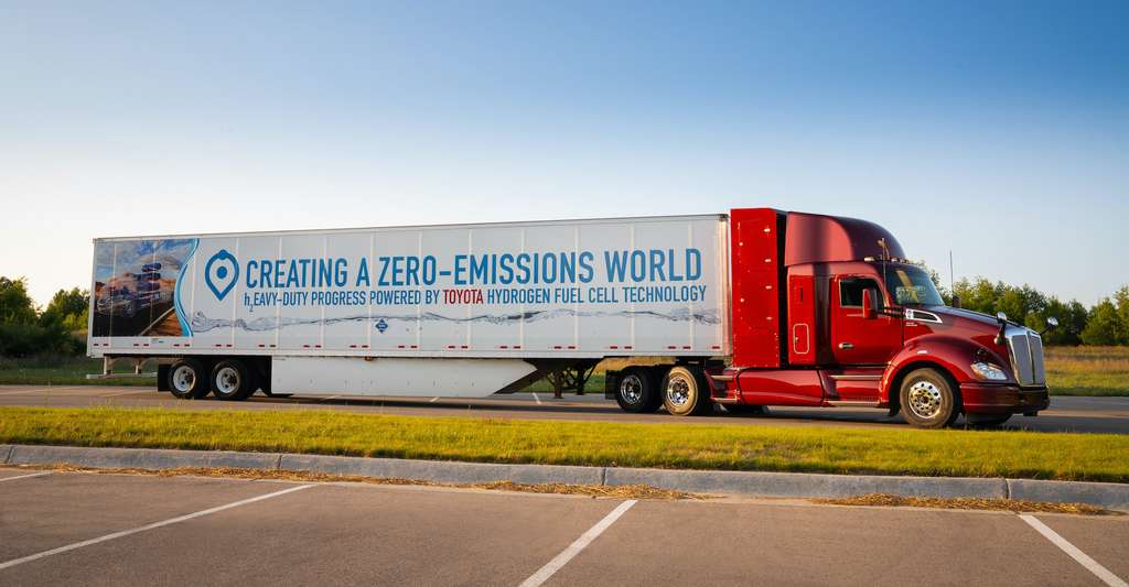 La Californie est pour l'heure, l'une des rares à miser sur la mobilité hydrogène. Des bus et des camions. Mais aussi un ferry et un train prochainement alimentés par des piles à combustible. © Toyota