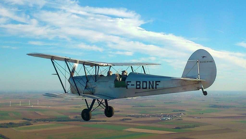 Le Stampe SV-4, l'avion biplan d'école devenu voltigeur