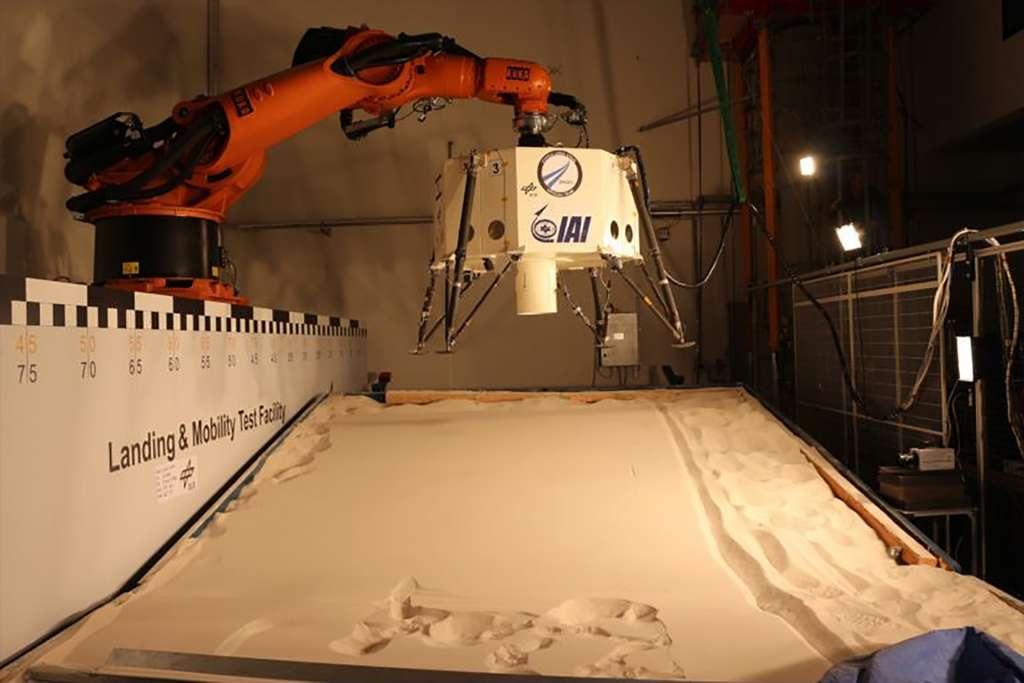 Essai du système d'atterrissage du lander Beresheet de SpaceIL. © SpaceIL