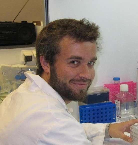 Robin Mesnage, l'un des coauteurs de cette étude sur les OGM, explique avoir repéré des résultats suspects dans l'étude qui évalue la toxicité du glyphosate. © Robin Mesnage