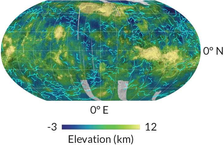 Les lignes bleu clair sur cette carte de Vénus, basées sur des images de la sonde Magellan, sont des limites de blocs crustaux qui bougent probablement, selon une nouvelle étude. © Paul Byrne