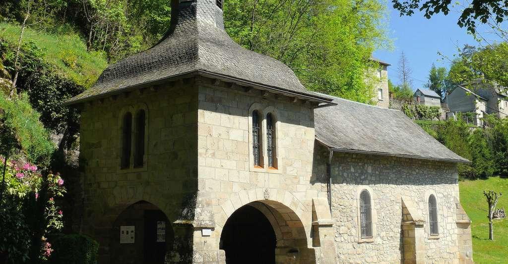 Chapelle Notre-Dame-du-Pont-du-Salut, dans le village de Corrèze. © Mossot, Wikipédia, CC by-sa 3.0