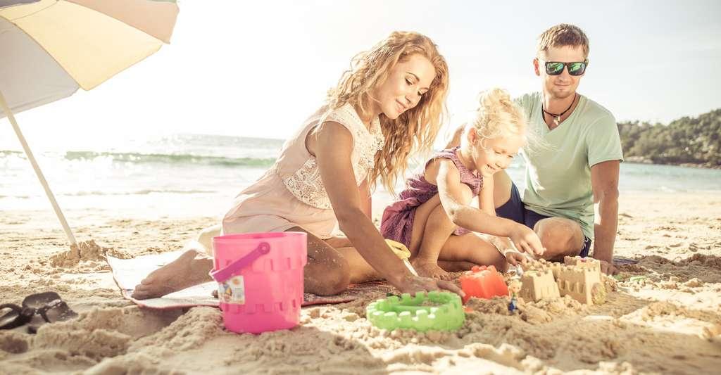 Les scientifiques ont leurs méthodes pour construire un château de sable parfait. Mais le plus beau des châteaux de sable ne reste-t-il pas celui construit avec vos enfants ? © ALF photo, Fotolia
