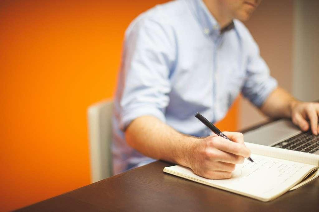 Le DUT informatique est très prisé par les étudiants, ce qui en fait une formation sélective. © FreePhoto34, Pixabay