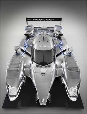 La 908 HY reprend la carrosserie de la 908 HDi FAP qui a déjà plusieurs courses à son actif. © Peugeot
