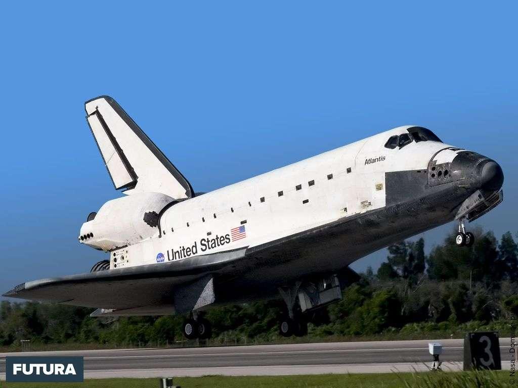STS132 Atlantis à l'atterrissage