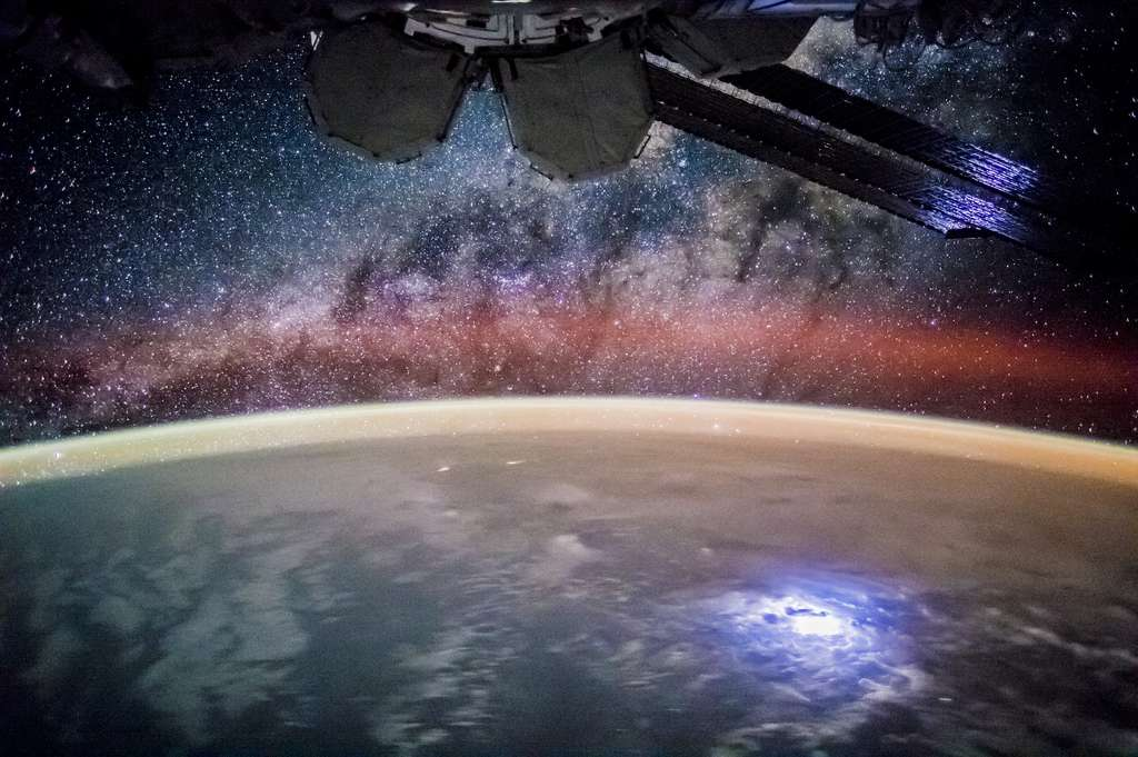 La Voie lactée vue depuis la Station spatiale internationale, 2015. © Nasa Earth Observatory
