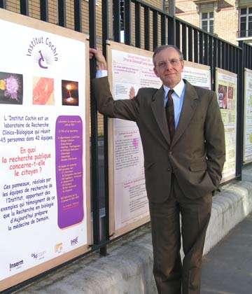 Axel Khan est un médecin généticien reconnu. Il a notamment travaillé sur les cellules souches et la médecine régénérative. © DR