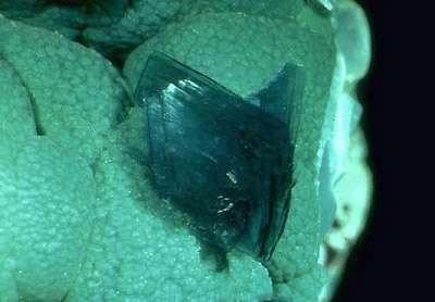 Malachite Devilline. © Lou Perloff Webmineral.com