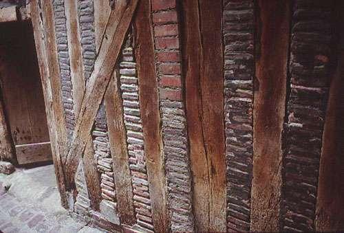 Colombage et brique
